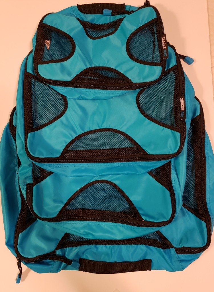 Lifestyle and parenting blog LifeByVal. Image: Packing cubes.